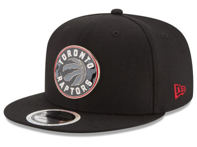 Toronto Raptors New Era NBA Enamel Badge 9FIFTY Snapback Cap