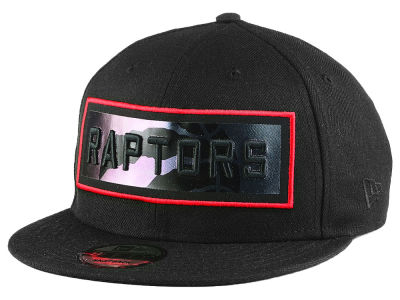 Toronto Raptors New Era NBA Iridescent Stripe 9FIFTY Snapback Cap