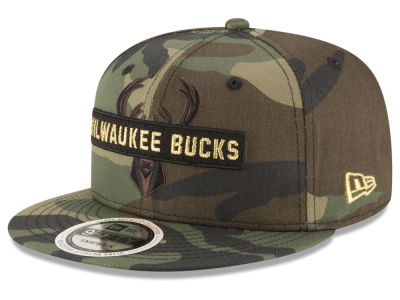 Milwaukee Bucks New Era NBA Gold Word 9FIFTY Snapback Cap