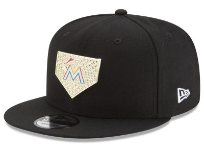Miami Marlins New Era MLB Gold Badge 9FIFTY Snapback Cap