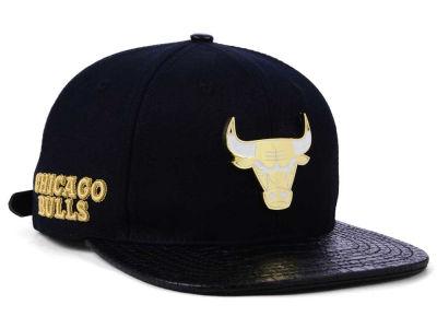 282288149b0 Chicago Bulls Pro Standard NBA Sneaker Hook Cap