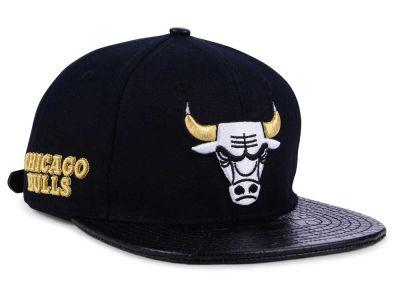 bba49824315 Chicago Bulls Pro Standard NBA Sneaker Hook Cap