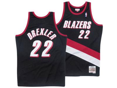 b06d4aec2 Portland Trail Blazers Clyde Drexler Mitchell   Ness NBA Men s Hardwood  Classic Swingman Jersey