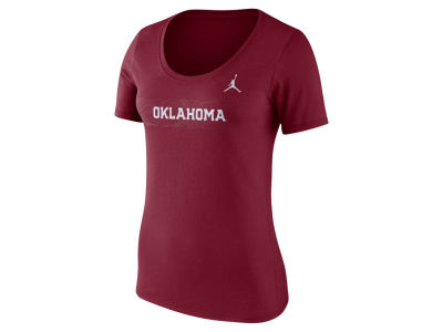 Oklahoma Sooners Jordan 2018 NCAA Women's Sideline Scoop T-Shirt