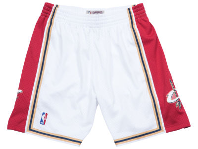 Cleveland Cavaliers Mitchell & Ness NBA Men's Swingman Shorts