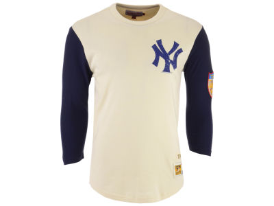 New York Yankees Mitchell & Ness MLB Men's Wild Pitch Raglan T-shirt