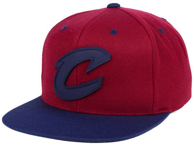 finest selection 6bcd2 84639 Cleveland Cavaliers Mitchell   Ness NBA Rubber Weld Snapback Cap