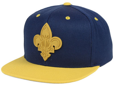 New Orleans Pelicans Mitchell & Ness NBA Rubber Weld Snapback Cap