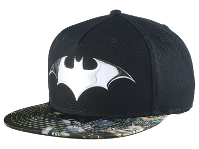 DC Comics Batman Chrome Weld Snapback Cap