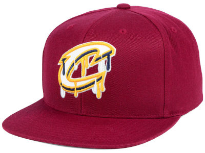 Cleveland Cavaliers Mitchell & Ness NBA Dripped Snapback Cap