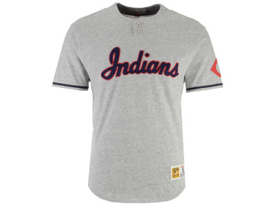 Cleveland Indians Mitchell & Ness MLB Men's Sealed The Victory Henley T-shirt