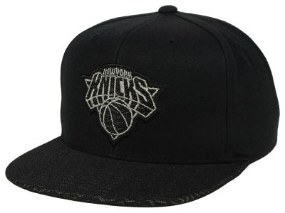 New York Knicks Mitchell & Ness NBA 3M Mesh Snapback Cap