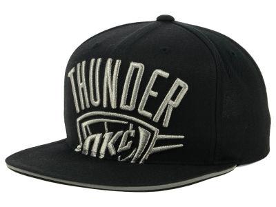 quality design 304b9 d449b Oklahoma City Thunder Mitchell   Ness NBA Cropped Metallic Snapback Cap