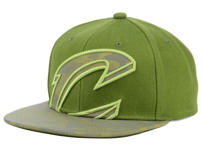 sports shoes 7d327 46247 ... coupon code cleveland cavaliers mitchell ness nba olive reflective camo  snapback cap 021db d197b