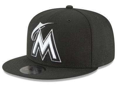 Miami Marlins New Era MLB Blackout 59FIFTY Cap