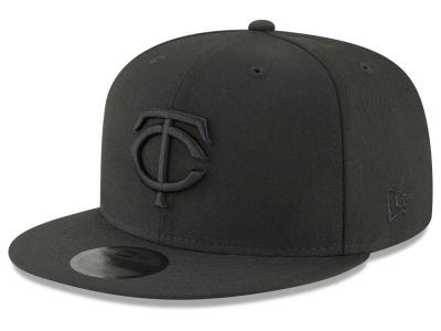 Minnesota Twins New Era MLB Blackout 59FIFTY Cap