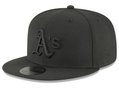 Oakland Athletics New Era MLB Blackout 59FIFTY Cap