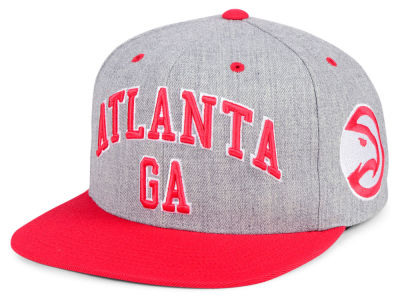 Atlanta Hawks Mitchell & Ness NBA Side Panel Cropped Snapback Cap