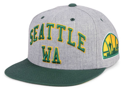 Seattle SuperSonics Mitchell & Ness NBA Side Panel Cropped Snapback Cap