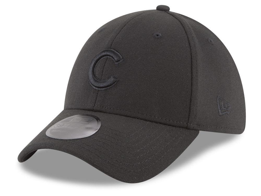 Chicago Cubs New Era MLB Blackout 39THIRTY Cap  b5f7cd5926a
