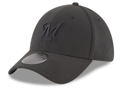 Milwaukee Brewers New Era MLB Blackout 39THIRTY Cap