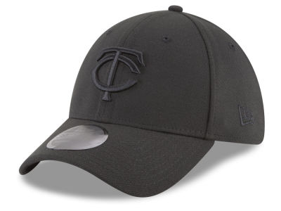 Minnesota Twins New Era MLB Blackout 39THIRTY Cap
