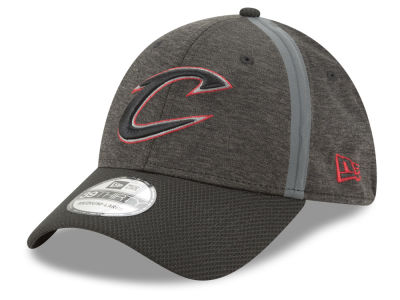 Cleveland Cavaliers New Era NBA Reflect Tech 39THIRTY Cap