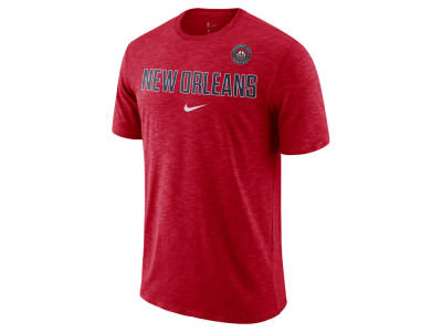 New Orleans Pelicans Nike NBA Men's Essential Facility T-Shirt