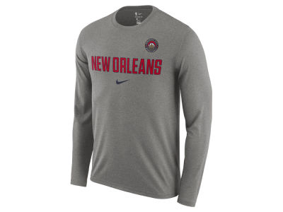 New Orleans Pelicans Nike NBA Men's Essential Facility Long Sleeve T-Shirt
