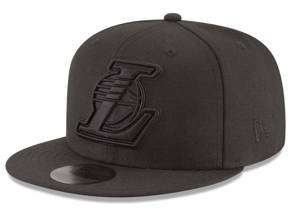Los Angeles Lakers New Era NBA Blackout 59FIFTY Cap  74f637ad241