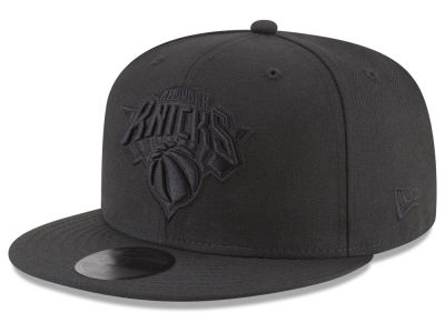 New York Knicks New Era NBA Blackout 59FIFTY Cap