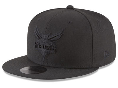 Charlotte Hornets New Era NBA Blackout 59FIFTY Cap