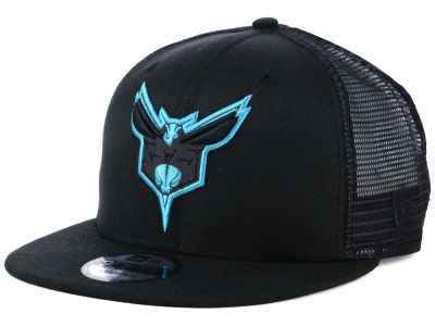Charlotte Hornets New Era NBA Reflect Trucker 9FIFTY Snapback Cap