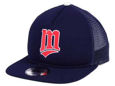 Minnesota Twins New Era MLB Classic Trucker 9FIFTY Snapback Cap