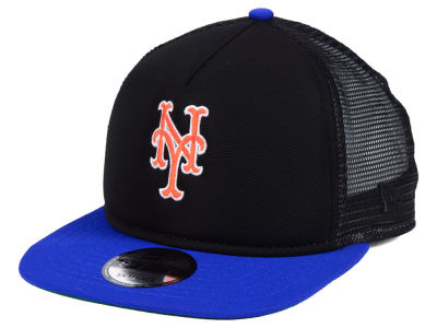 New York Mets New Era MLB Classic Trucker 9FIFTY Snapback Cap