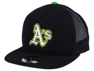 Oakland Athletics New Era MLB Classic Trucker 9FIFTY Snapback Cap