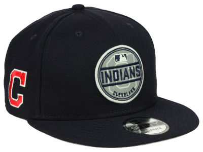 Cleveland Indians New Era MLB Circle Patch Reflective 9FIFTY Snapback Cap