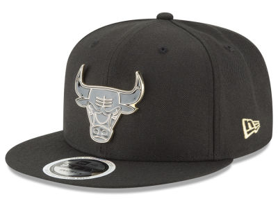 Chicago Bulls New Era NBA Black Enamel 9FIFTY Snapback Cap