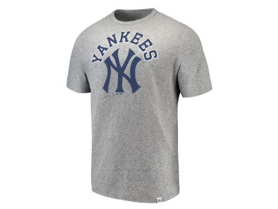 New York Yankees Majestic MLB Men's Twisted Stripe T-Shirt