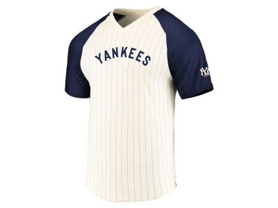 New York Yankees Majestic MLB Men's Coop Season Upset T-shirt