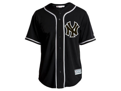 New York Yankees Majestic MLB Men's Pitch Black Jersey