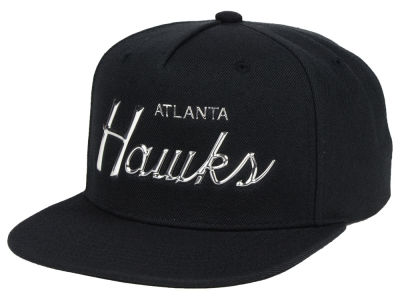 Atlanta Hawks Mitchell & Ness NBA Metallic Tempered Snapback Cap