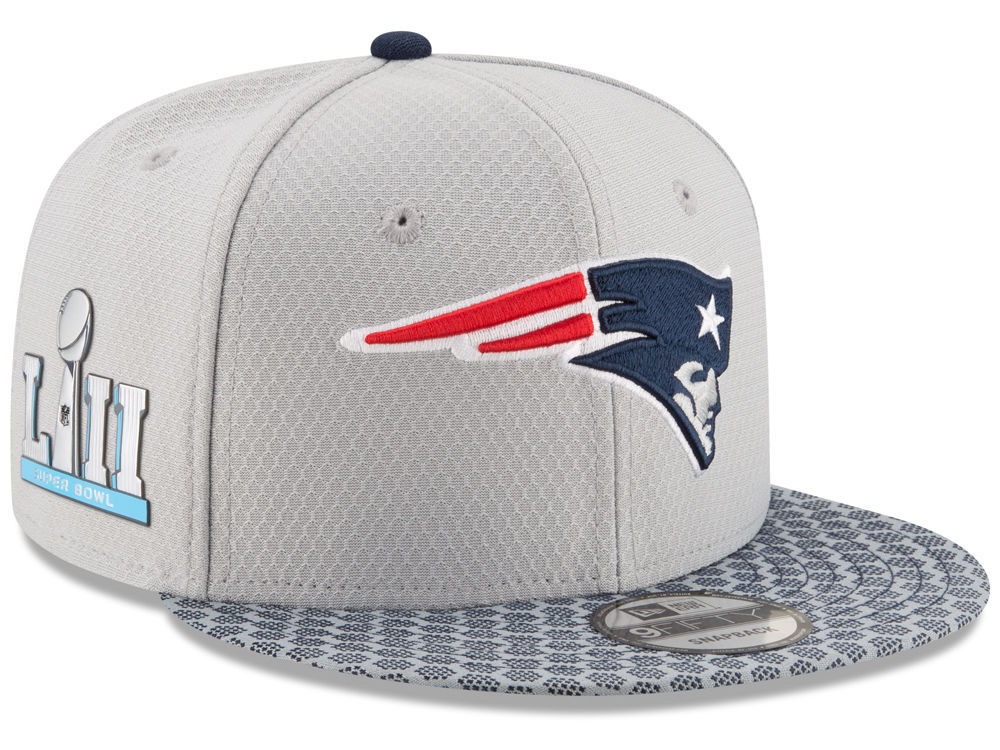 New England Patriots New Era NFL Super Bowl LII On-Field Sideline Patch  9FIFTY Snapback Cap  a4d5f2e714f