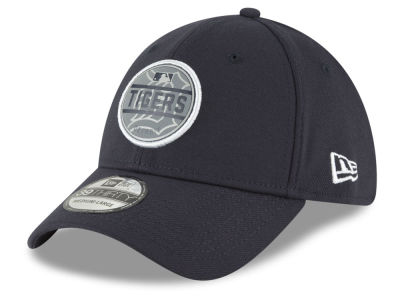 Detroit Tigers New Era MLB Circle Reflect 39THIRTY Cap