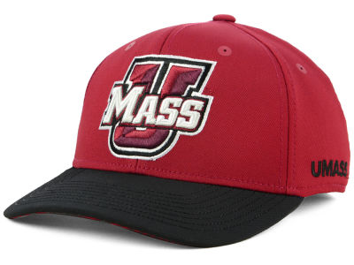 Massachusetts Minutemen adidas 2018 NCAA Coaches Flex Cap