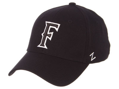 Cal State Fullerton Titans Zephyr NCAA Black White Stretch Cap