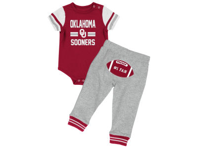 Oklahoma Sooners Colosseum NCAA Newborn Long Run Football Set