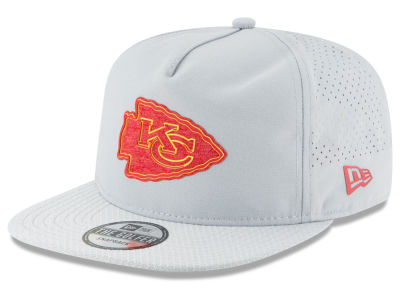 Kansas City Chiefs New Era 2018 NFL Training Golfer A-Frame Snapback Cap