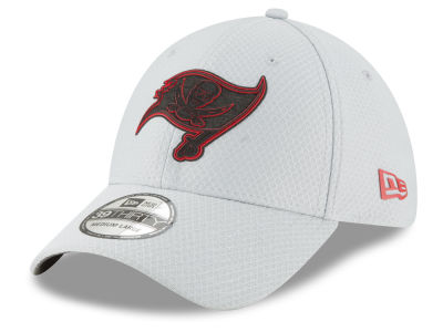 Tampa Bay Buccaneers New Era 2018 NFL Kids Training 39THIRTY Cap