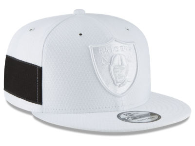 bb66cd073 Oakland Raiders New Era 2018 Official NFL Color Rush 9FIFTY Snapback Cap